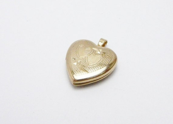 Vintage Small Tiny Gold Filled Heart Charm Photo Locket