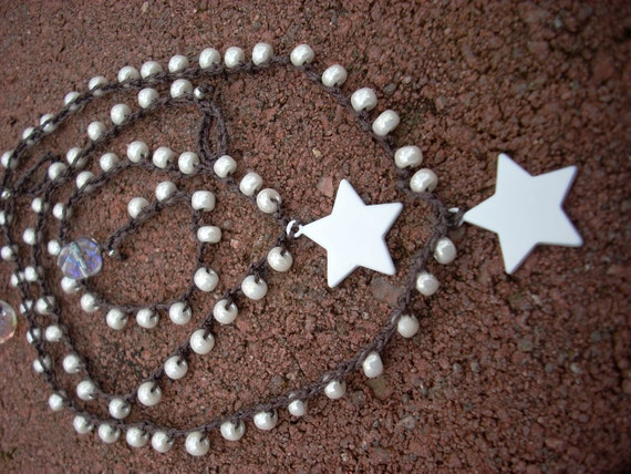 TWO necklaces included / Wedding / Flower Girl Sisters / Cousins / Best friends / Twins / White beaded sTaR ENAMEL pendant
