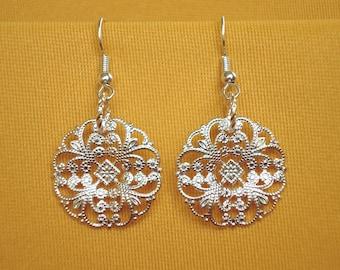 Pretty silver filigree earrings