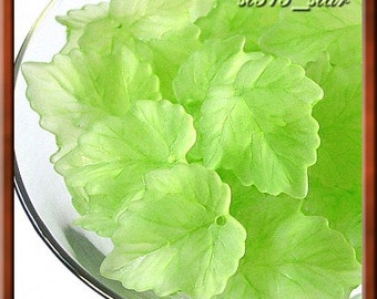 30pcs of Acrylic Leaf Beads, Washed Frosty Green