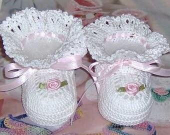 Crochet Ruffles Baby Booties