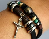 Vintage inspired leather Bracelet with Jesus on a cross