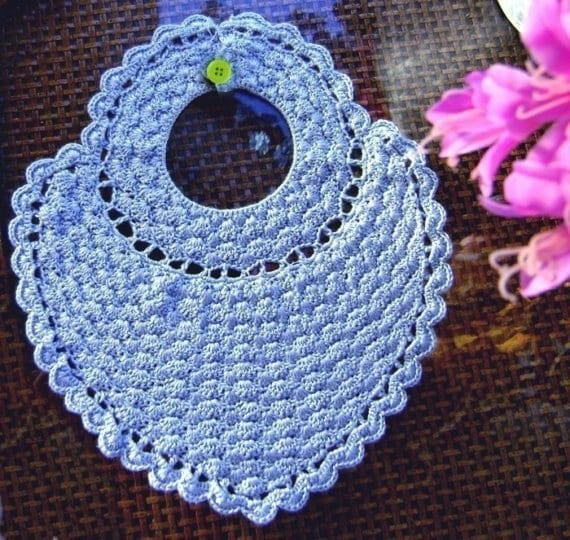 Crochet Baby Overall Patterns : PDF Heart Shape Baby Bib Crochet Pattern E-pattern