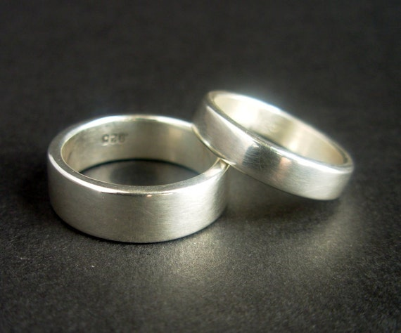 Set of Two Sterling Silver Rings - Polished Finish