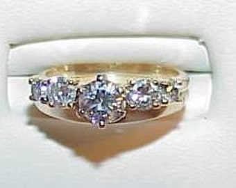 14k 1.00ct 5 Diamond Solitaire Band and Ring Set YG Sz 5