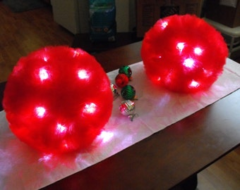 Lighted Tulle Ball Pomanders and Centerpieces