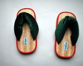 Unique Japanese Style Shoes .Adult flip flops .Green stripe textured Velveteen Upper .Bamboo and foam sole sz 5-6