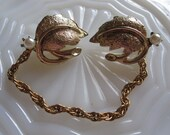 vintage sweater guard, golden leaf with faux pearl