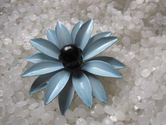 enamel flower brooch blue with blue mod flower