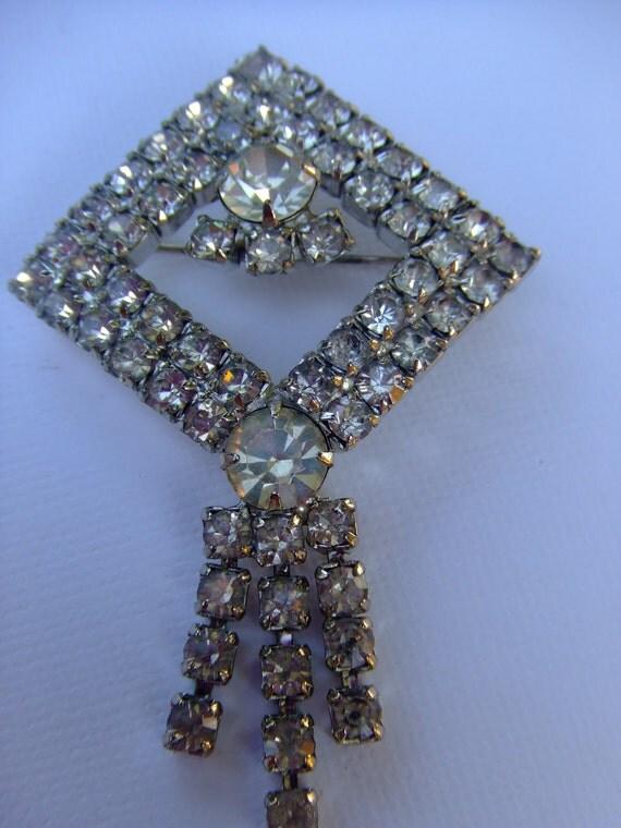 Vintage rhinestone brooch, Dress clip STUNNING