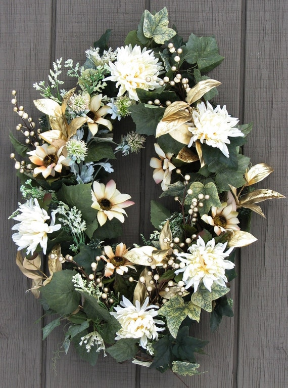 Oval Door Wreath White And Gold