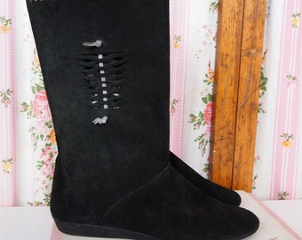 Vintage Black Suede Leather and Cut-Out Embellished Flat Boots, Size 39