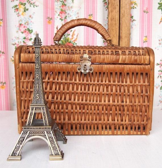 PRET-A-PICNIC, French Vintage Antique Woven Wooden Basket Case Bag