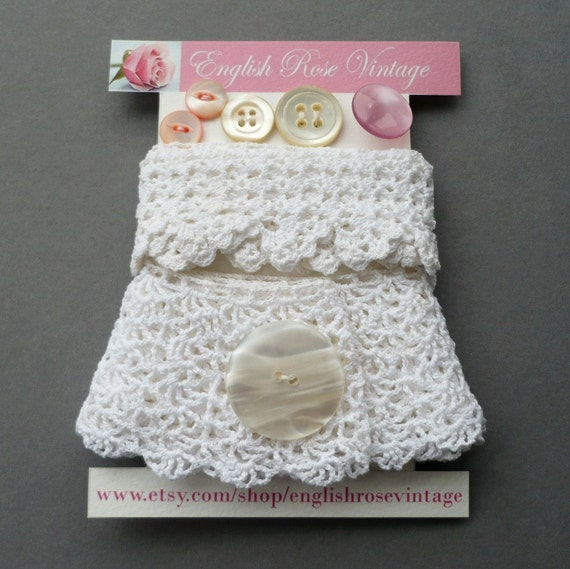 Vintage Trims and Buttons in White and Pink