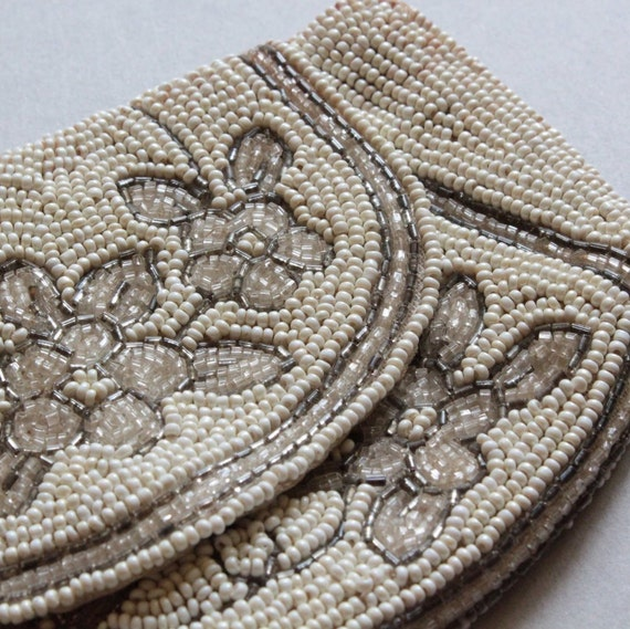 Vintage Beaded Purse with White, Taupe and Brown Seed Beads, 1930s, Art Deco
