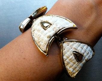 White Woven Inserts Shield Chunky Wide Link Panel Bracelet Vintage Jewelry Uptown Chic Runway artedellamoda SALE was 45