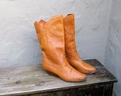 Vintage Tan Leather Studded Cowboy Boho Boots Ladies Size 9-9.5