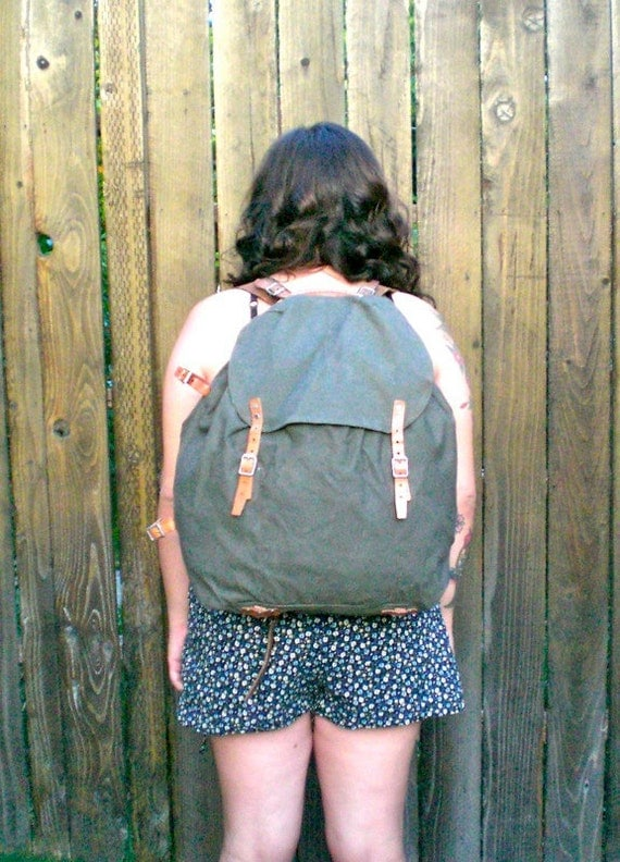 Vintage 1950's Military Army Rucksack Backpack w/ Metal Frame and Leather Straps