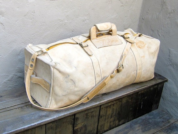 Vintage GIANT Distressed Tan Leather Slouchy Travel Duffle Bag