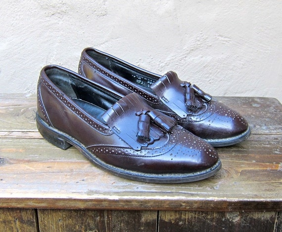 SALE Vintage Oxblood Leather Tasseled Wingtip Loafers Dexter Mens Size 7M, Ladies 9