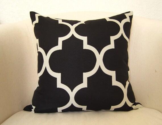 SALE - Moroccan Quatrefoil Lattice Pillow Cover - 18 inch - Black - Trellis Pillow - Designer Pillow - Throw
