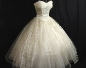 Reserved Vintage 50's 50s STRAPLESS Ivory Tulle Lace Satin WEDDING Prom Formal Dress Gown