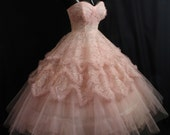 Vintage 1950's 50s Strapless PINK Tiered Lace Tulle Rhinestones Circle Skirt Party Prom Wedding Dress