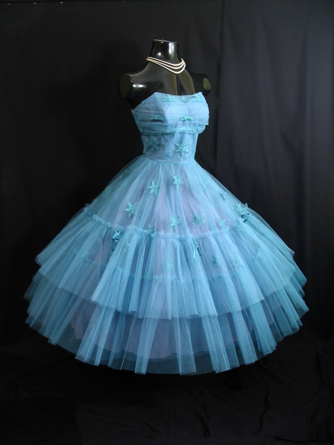 Reserved Vintage 1950 s 50s STRAPLESS Bombshell Layered
