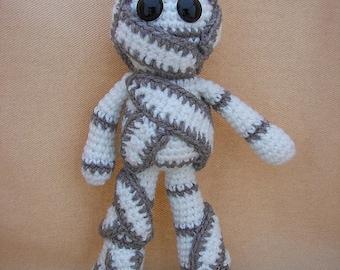 Mumford Mummy Crochet Amigurumi Pattern