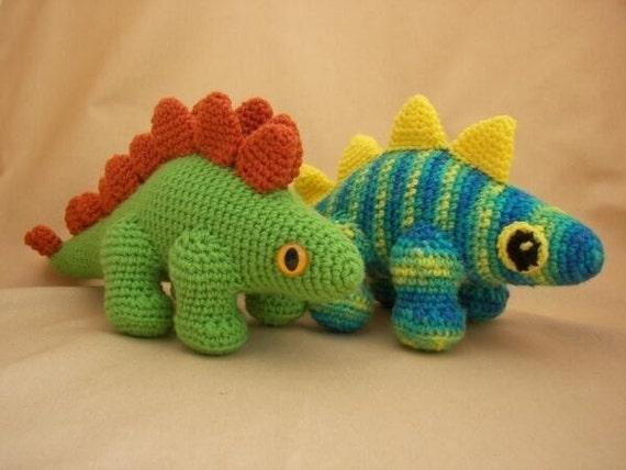 Plato the Stegosaurus Dinosaur Crochet Amigurumi Pattern