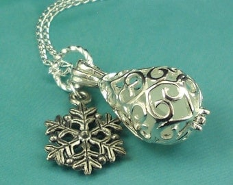 Sea Glass Necklace Winter White Filigree Locket With Snowflake Jewelry