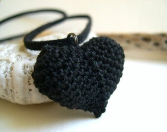 Black heart pendant - Black heart charm - Bridesmaid necklace - Fashion Necklace - Crochet jewelry - Girlfriend gift idea - Mothers day gift