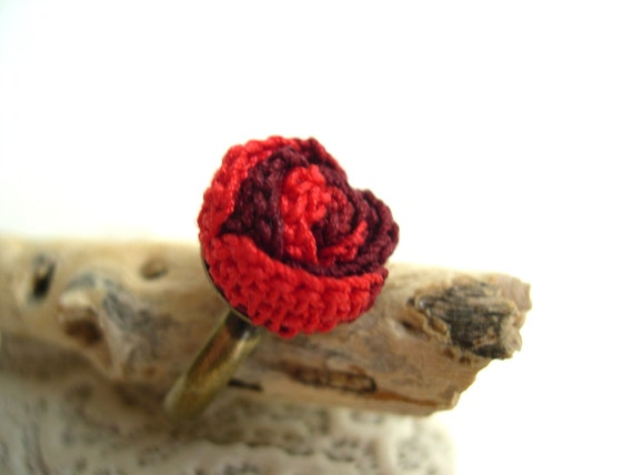 Dark Red and Poppy Red Crocheted Rose Ring - Adjustable Rose Ring - Lace Fashion - Jewelry Handmade - Valentines day present