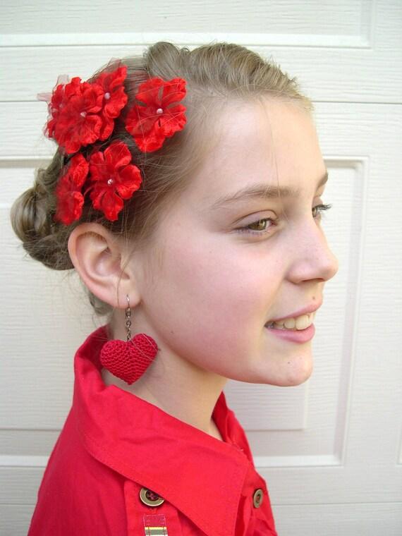 Red Heart Earrings - Long red dangle earrings - Heart earrings - Bridesmaid red earrings - Red heart dangle earrings - wedding earrings