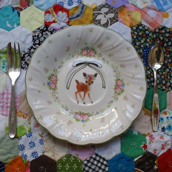 Lovely Hand Drawn Bow and Flower Deer Vintage Illustrated Plate