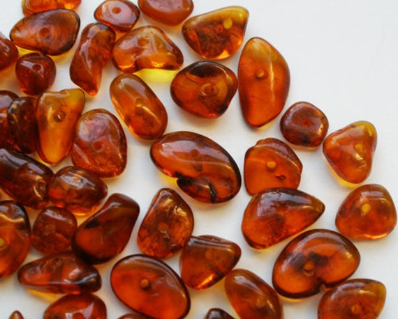 50pcs - Natural Baltic amber beads, free form, cognac color - 6-11mm at widest part