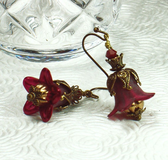 Deep Red Lucite Flower Earrings, Vintage Style, Bronze Czech Glass, Swarovski Crystals, Antiqued Brass