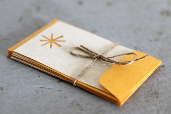 "Gift Cards with Cut out Star or SnowflaKrake Detail, Set of 6 Small Cards with Kraft Paper Envelopes, 2.5""x4"""