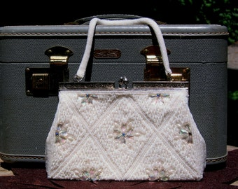 Wedding White Handbag from QueenAnnes Vintage Beaded Kiss Lock Purse