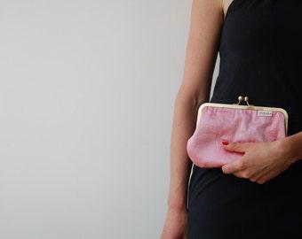 clutch purse. pink clutch. wedding purse.  pink bag. silk clutch. kisslock purse. kiss lock clutch. bridal purse pink