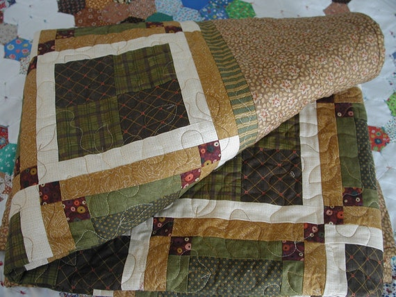 Full size Bedspread Quilt with Brown, Cream, Maroon and Green Earth Tones