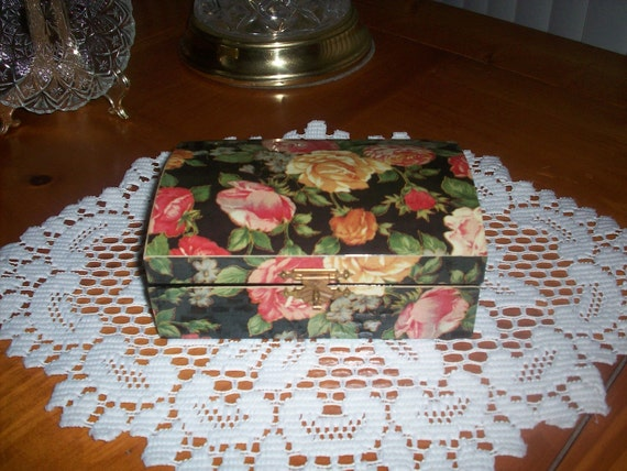 Vintage Decoupage Jewelry Box Floral Design Hinged Lid Red Brocade Lining Asian Style