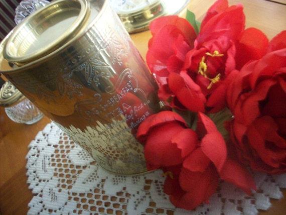 English Breakfast Tea Tin - Brass - Lovely