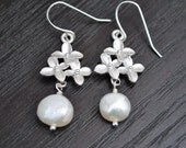 Pearl Earrings cherry blossom Flower Silver Matte Rhodium Fres Water Pearl Bridal Jewelry Bridesmaid gift
