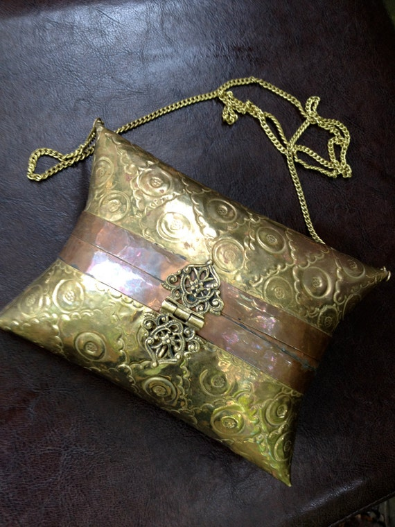 vintage metal case purse - 1940s-50s gold structured cross body evening bag