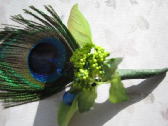 Men's Boutonniere with peacock feather