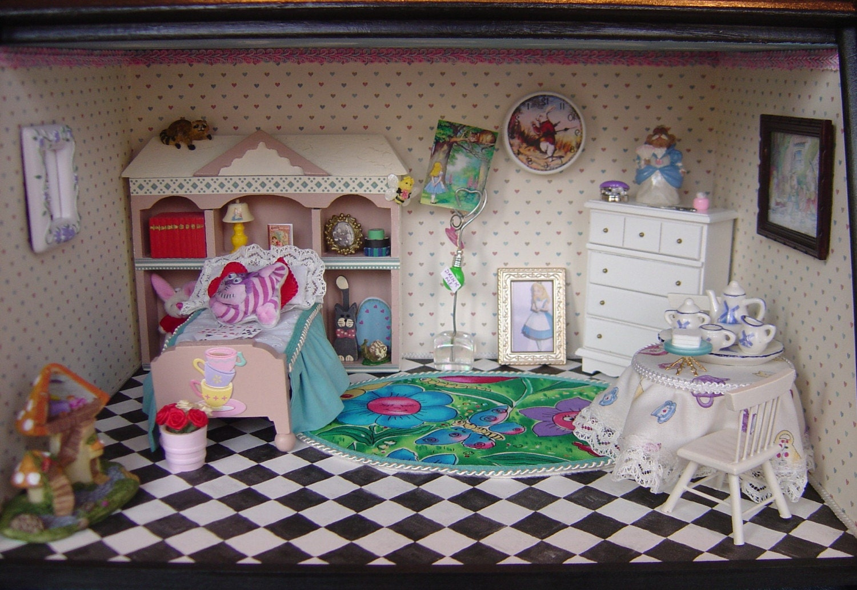 Alice In Wonderland Themed Bedroom Room Box By MyMiniWorld