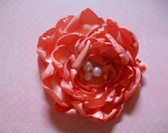 Peach Medium Size Curly Flower