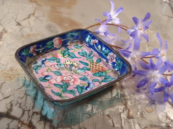 Chinese Enamel Pin Dish with Butterfly Fruit and Flowers