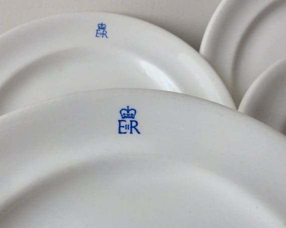 Queen Elizabeth Royal Monogram White Dinner Plates
